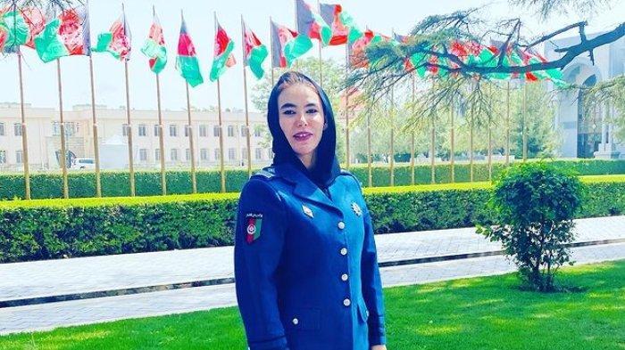Perwira polisi wanita Afghanistan, Ebtekar Gulafroz.