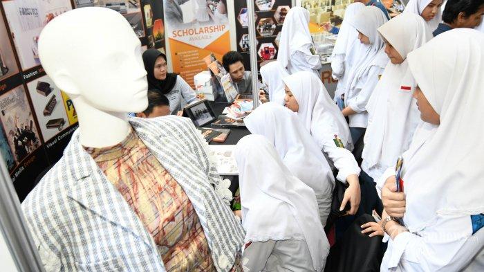 Catatan Tentang SKB 3 Menteri Mengenai Pemakaian Jilbab di Sekolah