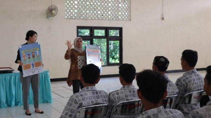 Program Makan Siang Sekolah sebagai Edukasi PHBS di Masa Pandemi