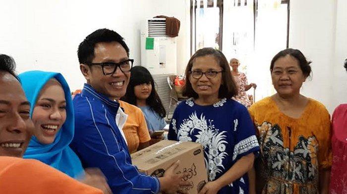 Blusukan ke Korban Banjir, Eko Patrio Bawa Makanan dan Selimut