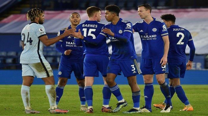HASIL Liga Inggris Tadi Malam: Permalukan Chelsea 2-0, Leicester Ambil Alih Posisi Man United