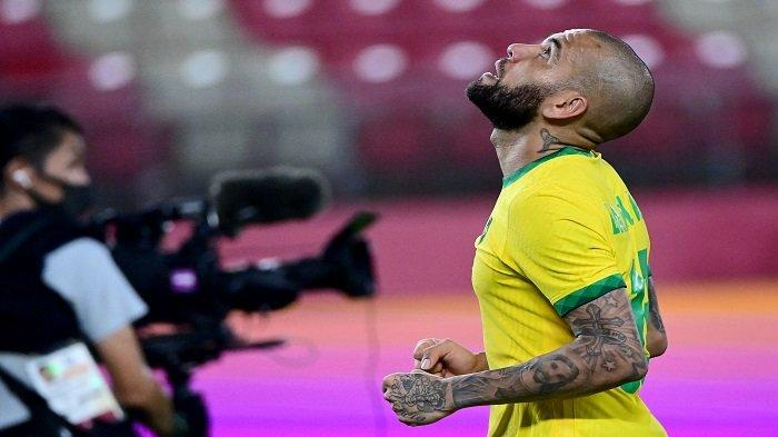 Dani Alves Incar Gelar Ke-43, Brasil ke Final Hadapi Spanyol dalam Laga Perebutan Medali Emas