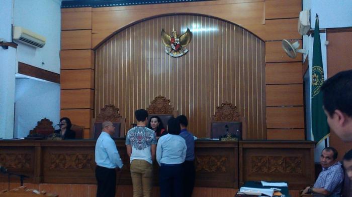 El Ungkap Rahasia 'Hadapi' Pengacara Farhat Abbas di Pengadilan