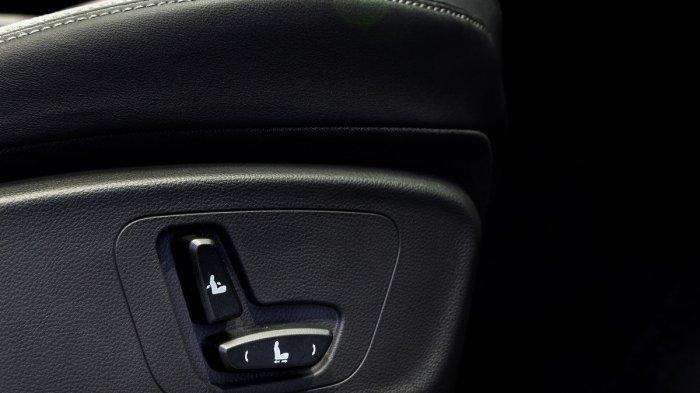 Electric Seat Adjuster (Driver)
