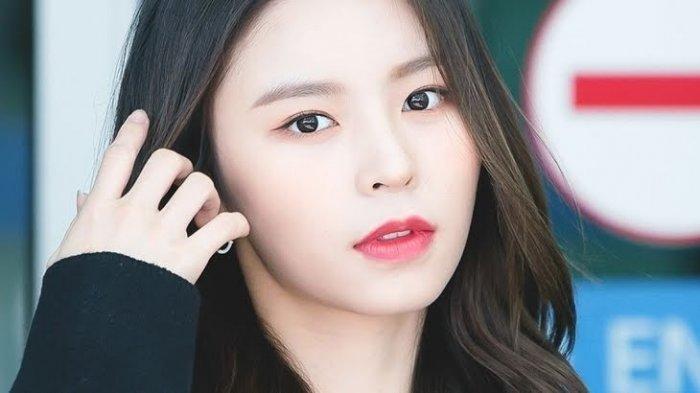Elkie CLC Ajukan Pemutusan Kontrak dengan Cube Entertainment karena Perlakuan Buruk Agensi