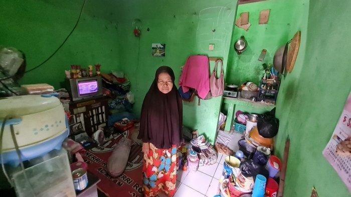 Kisah Emak Fitriani, Hidup Miskin Sebatang Kara di Jagakarsa, Anak Kabur dan Suami Meninggal