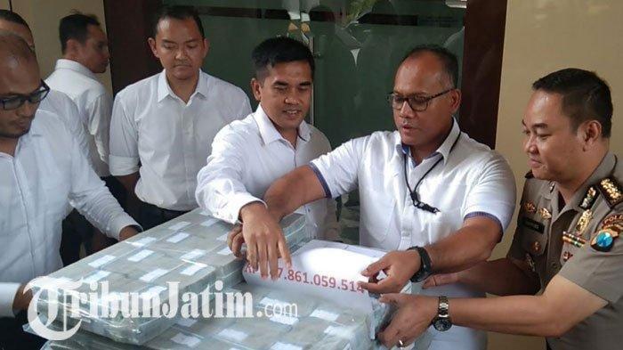 Polisi Sita Barang Bukti dari MeMiles,Uang Rp 21 M  dan 250 gram Emas dari Investasi Bodong MeMiles