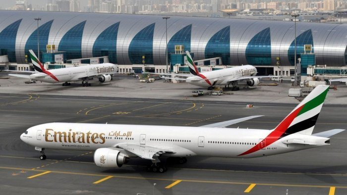 Maskapai Penerbangan Emirates dan Etihad Siap-siap Merger