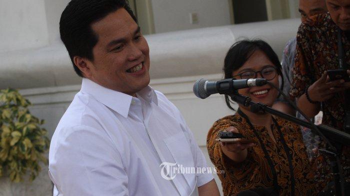 ERIK TOHIR DATANG KE ISTANA KEPRESIDENAN---Pengusaha Erick Thohir usai bertemu dengan Presiden Joko Widodo di Kompleks Istana Kepresidenan, Jakarta, Senin (21/10/2019). Menurut Presiden Joko Widodo akan memperkenalkan jajaran kabinet barunya usai dilantik Minggu (20/10/2019) kemarin untuk masa jabatan keduanya bersama Wapres Ma'ruf Amin periode tahun 2019-2024.--Warta Kota/henry lopulalan