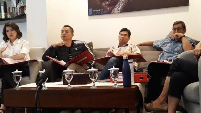 Ernest Prakarsa bersama panelis yang lain saat seleksi terbuka Calon Wali Kota Tangerang Selatan atau Cawalkot Tangsel di Kantor DPP PSI, Jakarta Pusat, Sabtu (18/1/2020).