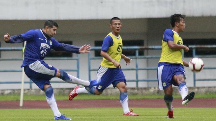 Pelatih Persib Bandung Incar 2 sampai 3 Pemain Lagi hingga Enggan Komentar soal Kunihiro Yamashita