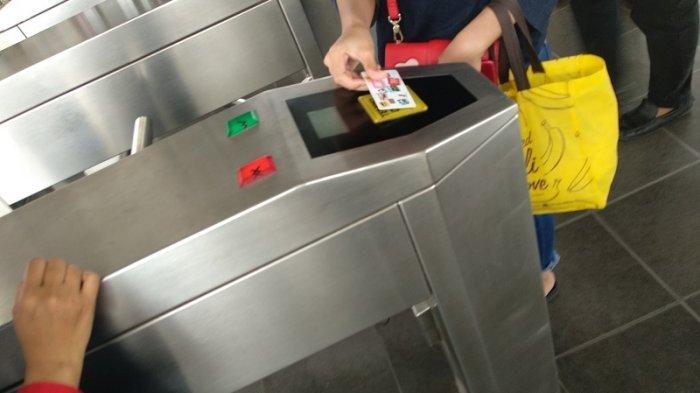 Tiket Elektronik KRL Akhirnya Bisa Digunakan di Semua Stasiun