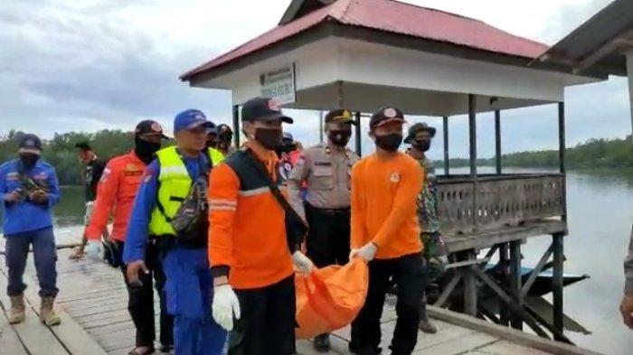 Nakhoda Kapal Pengangkut Pasir yang Tenggelam di Perairan Sungai Semurut Ditemukan Tak Bernyawa