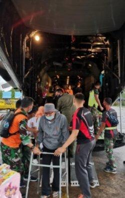 Dukung Percepatan Pemulihan Bencana di Sulbar dan Kalsel, TNI AU Angkut Personel dan Bantuan