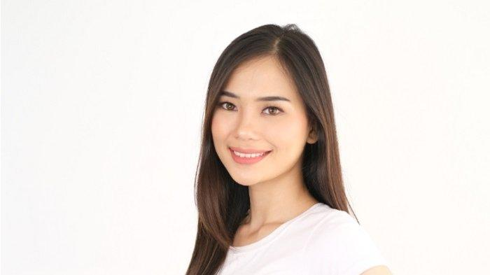 Evelina Witanama jadi pemain baru di sinetron Ikatan Cinta. Ia terpilih setelah muncul sebagai pemenang Online Casting Ikatan Cinta KLAKLIK.