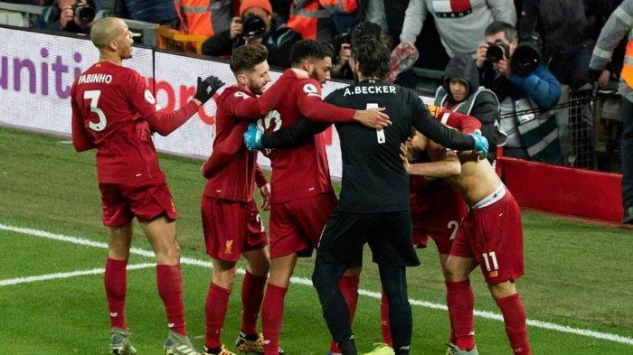 Fabinho Merayakan Gol ke Gawang MU bersama rekan lainya di pekan 23 Liga Inggris