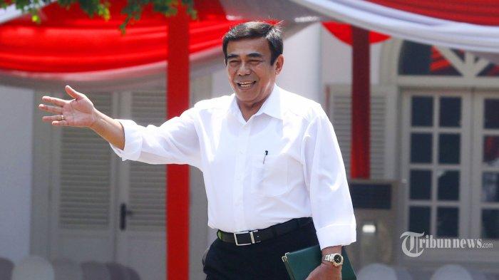 Mantan Wakil Panglima TNI Jenderal TNI (Purn) Fachrul Razi tiba di Kompleks Istana Kepresidenan, Jakarta, Selasa (22/10/2019). Menurut rencana, presiden Joko Widodo akan memperkenalkan jajaran kabinet barunya kepada publik hari ini usai dilantik Minggu (20/10/2019) kemarin untuk masa jabatan periode 2019-2024 bersama Wakil Presiden Ma'ruf Amin. TRIBUNNEWS/IRWAN RISMAWAN