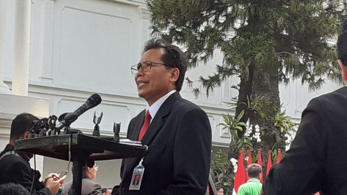 Juru Bicara Presiden RI, Fadjroel Rahman, di kompleks Istana Kepresidenan RI, Jakarta, pada Rabu (23/10/2019).