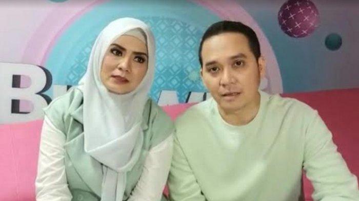Dikaruniai Anak Kelima, Fadli Akhmad dan Istrinya Tutup ''Pabrik''