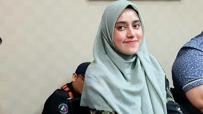 Fairuz A Rafiq saat jumpa pers di kawasan Kuningan, Jakarta Selatan, Jumat (13/3/2020).