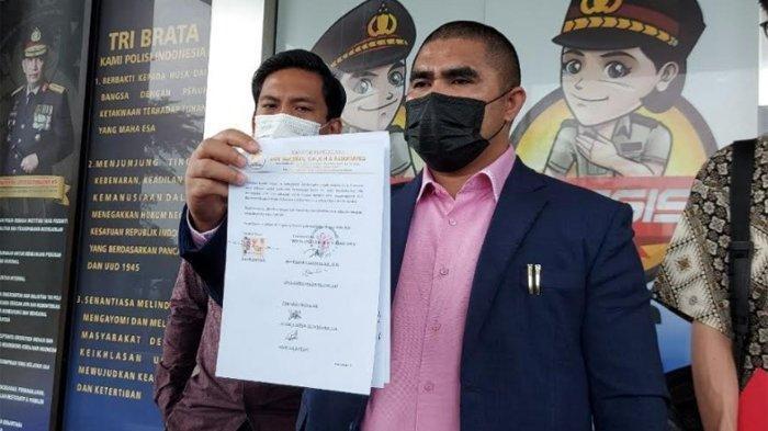 Kuasa hukum Fajar Umbara di Polres Tangerang Selatan, Jumat (8/5/2021).
