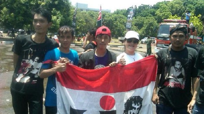 Polisi Pastikan Buru Pelaku Pemasangan Logo Band Slank, Metallica dan Oi di Bendera Merah Putih