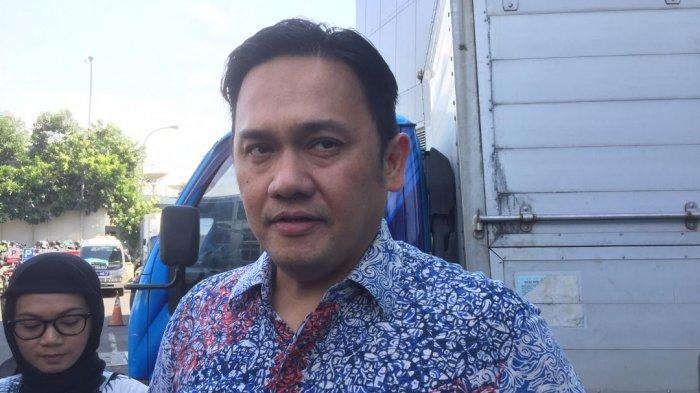 Sarankan Jokowi untuk Ganti Menteri, Farhat Abbas: Ganti Relawan yang Dulu Berjuang Buat Bapak