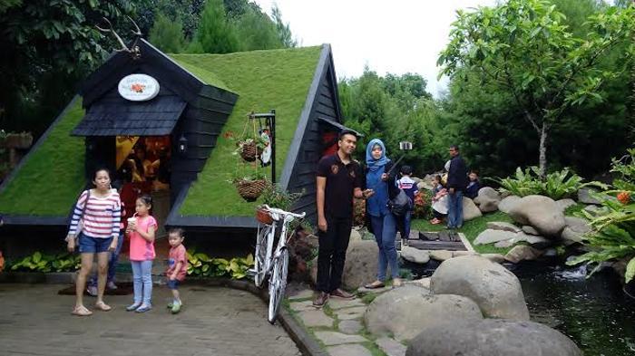 Anda Seperti Sedang Liburan Ke Eropa Kalau Datangi Tempat Ini, Padahal di Lembang Bandung