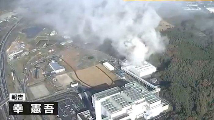 fasilitas-pembuangan-limbah-di-higashi-ku-kota-fukuoka-terbakar.jpg