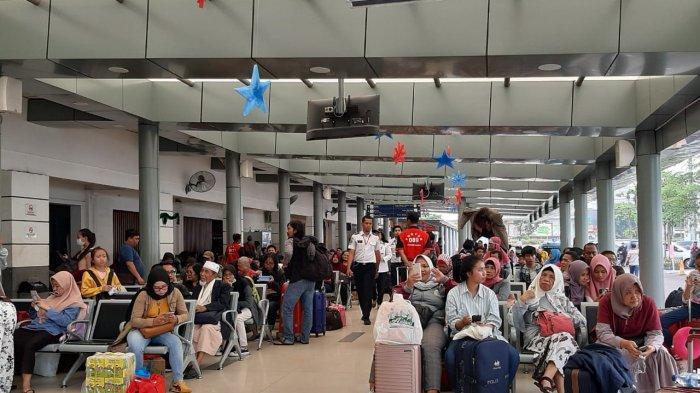 KAI Daop 1 Tak Tutup Kemungkinan Stasiun Pasar Senen Tambah Jumlah Perjalanan