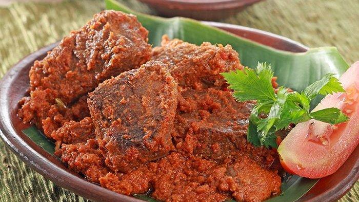 Pengin Daging Empuk saat Masak Rendang dan Rawon untuk Hari Raya? Simak Tipsnya