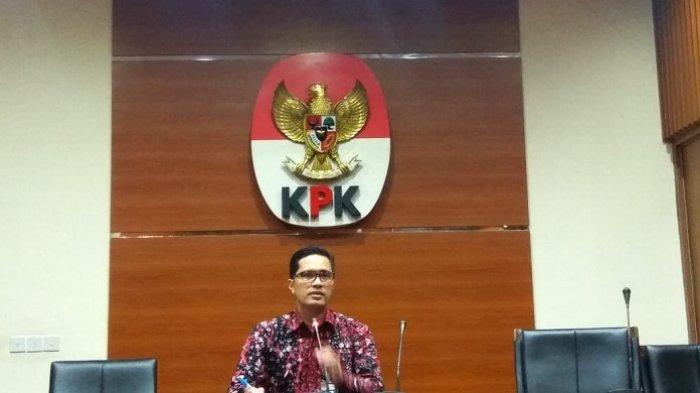 Terima Uang Rp 4,8 Miliar, KPK Tetapkan Ketua DPRD Tulungagung Sebagai Tersangka