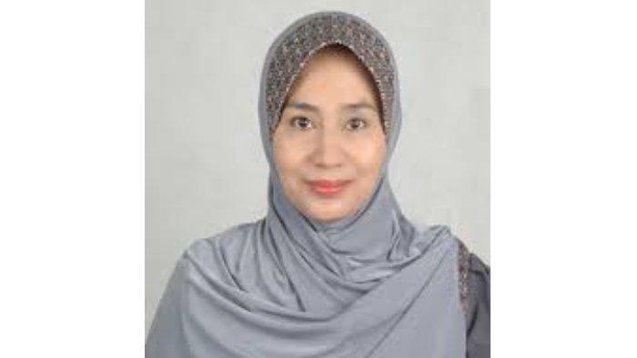 Dosen Universitas Sebelas Maret (UNS) Surakarta, Dra. Sri Kusumo Habsari, M.Hum.,Ph.D. yang merupakan seorang feminis muslim sekaligus pakar studi jender dan budaya. (dosen.fib.uns.ac.id)