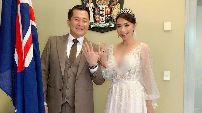 Disinggung Kasus Penipuan Mantan Istri Suaminya, Femmy Permatasari: Mungkin Dia Merasa Salah