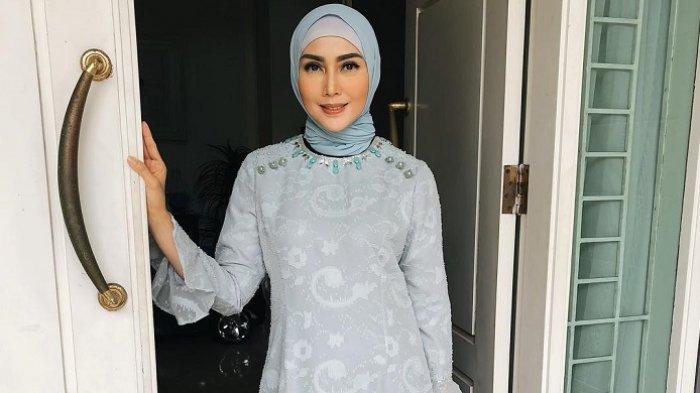 Fenita Arie Berencana Buat Brand Pakaian Muslim Anak Demi Dukung Keputusan Anaknya Berhijab