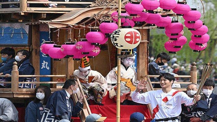 Demi Kesetaraan Gender, Festival Tradisional Jepang Chintoro Fune Ijinkan Wanita Naik Kapal