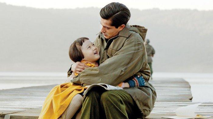 Syahdu, Begini Hubungan Ayah dan Anak Perempuan di Film Ayla The Daughter of War