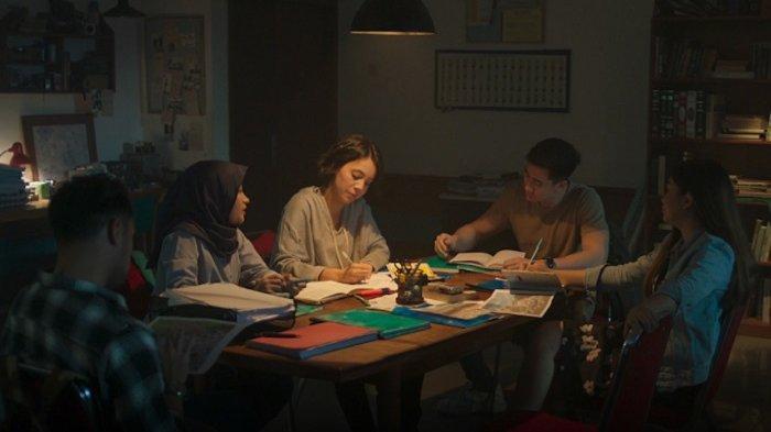 Film Horor Komedi Terbaru ''Ghibah'', Ngegosip Bisa Jadi Malapetaka