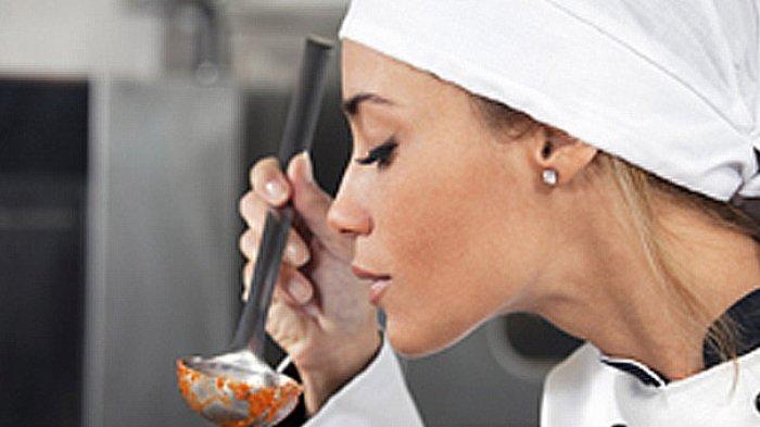 Apakah Boleh Mencicipi Masakan Saat Sedang Berpuasa?