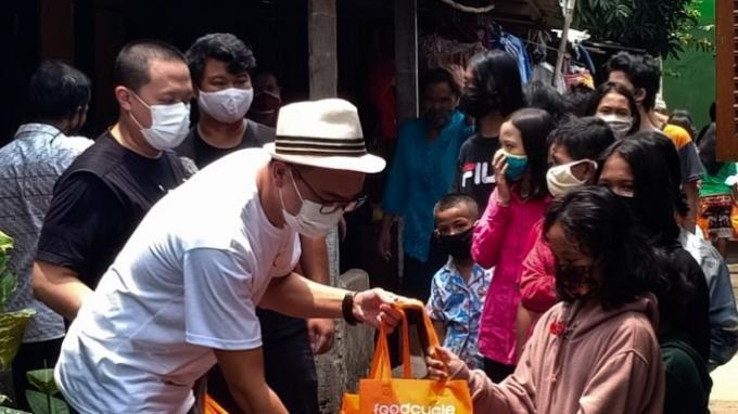 FoodCycle Indonesia  menyalurkan paket sarapan sehat untuk anak-anak prasejahtera untuk melanjutkan misi meningkatkan kesadaran tentang Zero Food Waste and Zero Hunger melalui program program semangat pagi indonesia