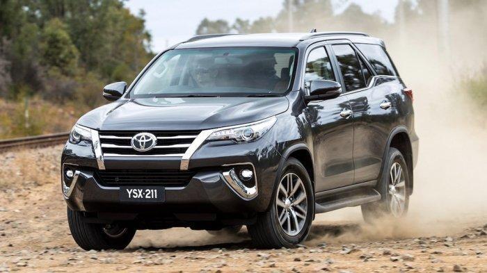 Toyota Fortuner generasi terbaru yang akan segera rilis 4 Juni 2020.
