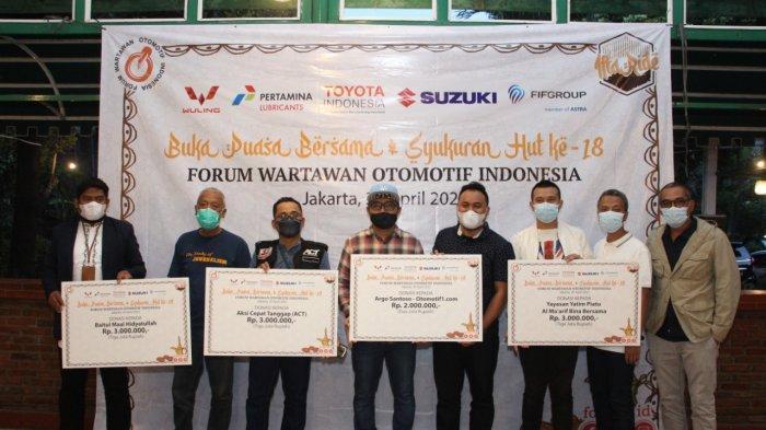 Forwot dan Sejumlah Pelaku Industri Otomotif Salurkan Donasi ke 3 Lembaga Nirlaba