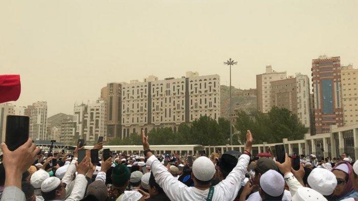 Foto-foto Pemakaman Mbah Maimun di Pemakaman Al Ma'la Mekkah