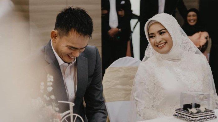 Foto-foto pernikahan Ikke Nurjanah dan Karlie Fu