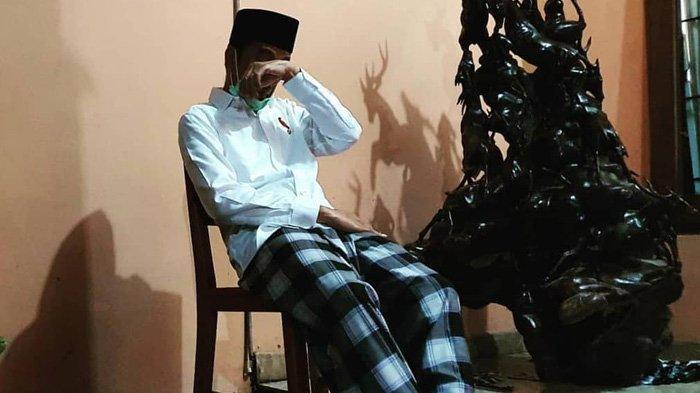 Yusuf Mansur Terenyuh Lihat Foto Jokowi Usap Wajah di Pemakaman Ibunda: Tak Ada Lagi Tempat Curhat