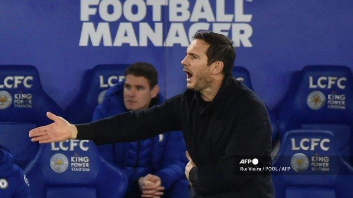 Pelatih kepala Chelsea Inggris Frank Lampard memberi isyarat selama pertandingan sepak bola Liga Utama Inggris antara Leicester City dan Chelsea di Stadion King Power di Leicester, Inggris tengah pada 19 Januari 2021.