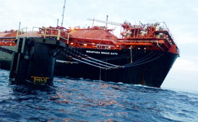 Melambungnya Harga LNG Jadi Peluang Untuk Keruk Devisa