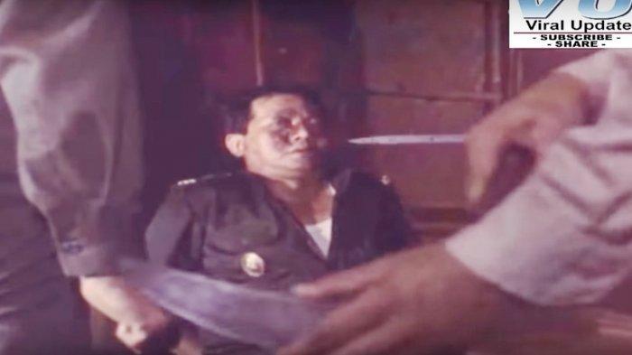 Semua organ tubuh para perwira tinggi AD yang dibunuh di Lubang Buaya masih utuh sama sekali. 5 Adegan Film Pengkhianatan G30S/PKI yang Dinilai Tak Sesuai Fakta Sejarah: 1 Bagian Sangat Mencolok