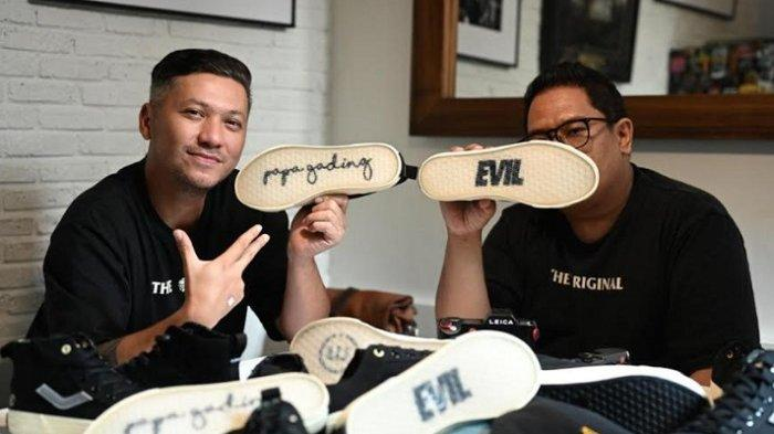 Gading Marten Bangga Lihat Hasil Kolaborasinya dengan Brand Sepatu Lokal