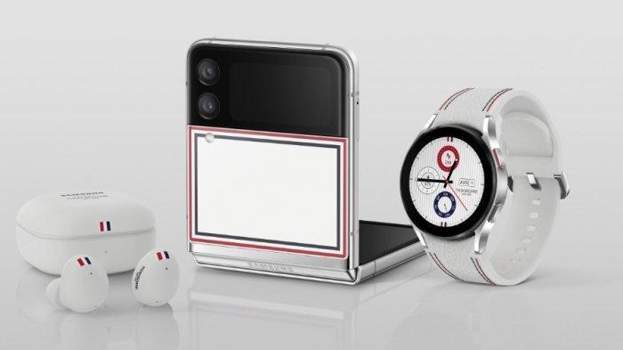 Galaxy Z Flip 3 5G Thom Browne Edition